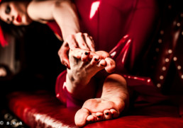 Mistress Natalie feet